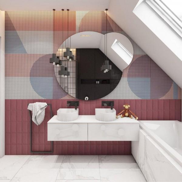 Różowa łazienka na poddaszu